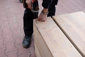 Steigerhouten tuinkast maken (1)